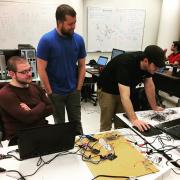 特写丹佛团队为太空x超环线比赛建造吊舱