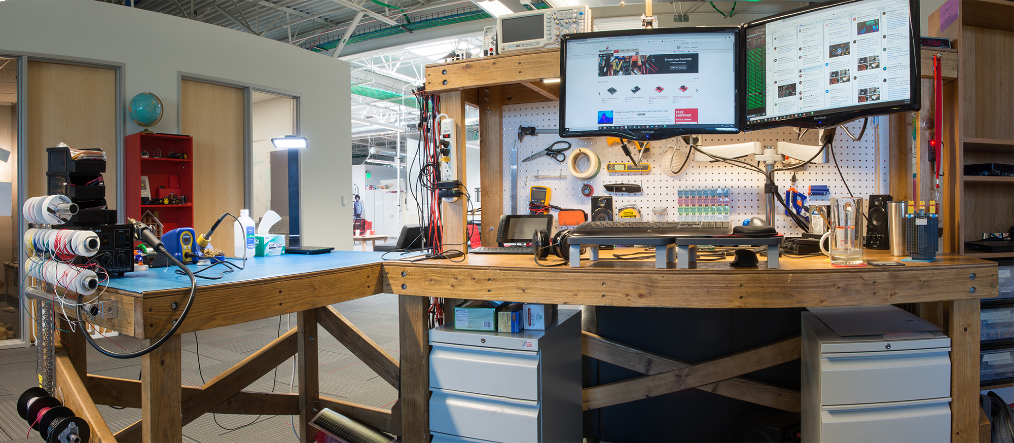 Desk Of An Engineer The Shawn Edition Iot Expert Alimentazione La Riceve Dal Bec Battery Eliminator Circuit Shawns At Sparkfun