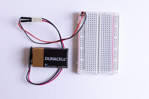Battery and jumpers hooked into the breadboard