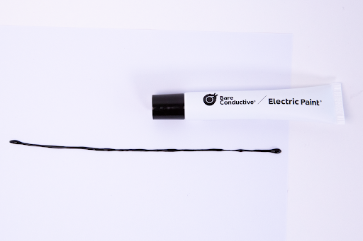 Image of a thin line drawn with bare conductive electric paint