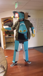 Canti Suit angle number one