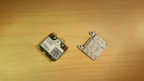 Wireless card and mounting bracket