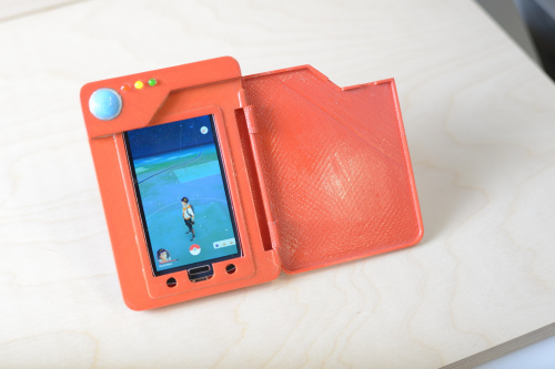 Smartphone charging in the Pokedex