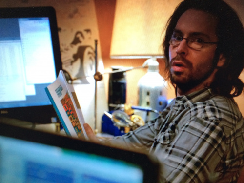 Gilfoyle reading the project book from the Arduino Starter Kit on the show Silicon Valley