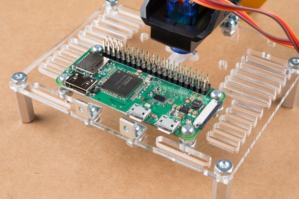 Raspberry Pi Zero mounted to mouting plate