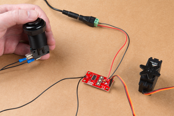 Photo showing everything wired up to the Servo Trigger and powered on