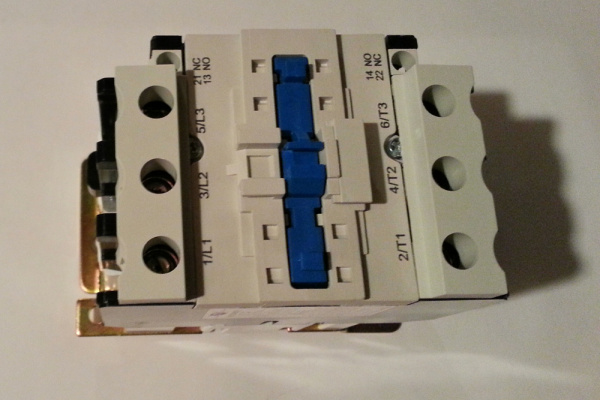 the beefy 3 hp contactor