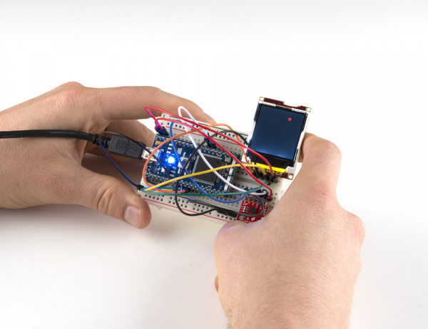 mbed running LCD accelerometer demo