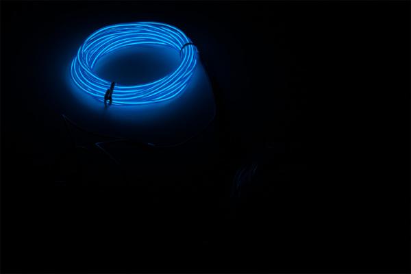 One 3m EL Wire Lit Up