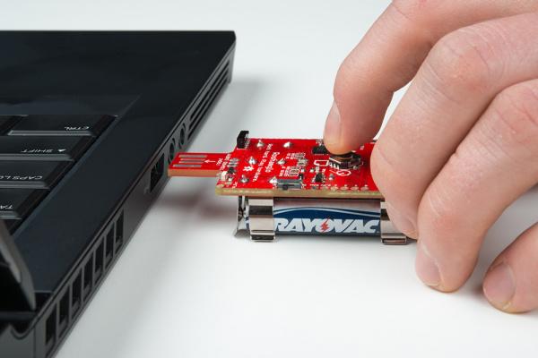 Plug Roshamglo into a USB slot