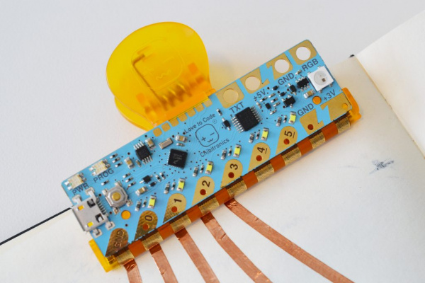Attaching/Detaching Chibi Chip and Clip To/From Circuit