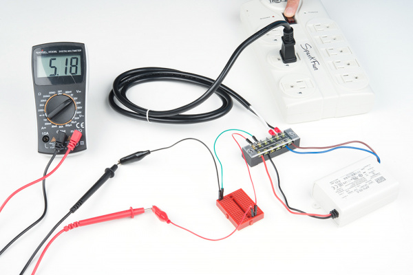 Testing the APV-35 Series Output voltage
