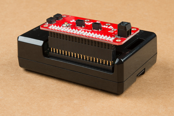 Qwiic pHAT v2.0 stacked on Raspberry Pi